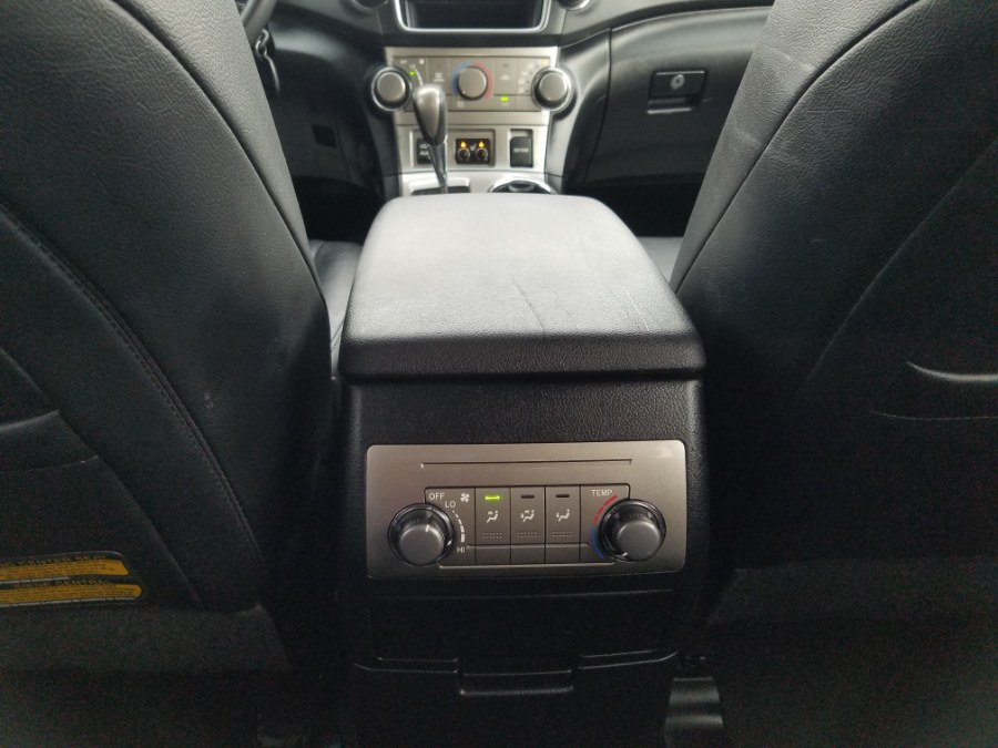 2013 Toyota Highlander 4WD 4dr V6 SE w/Leather,Sunroof,Back-Up Camera, available for sale in Queens, NY