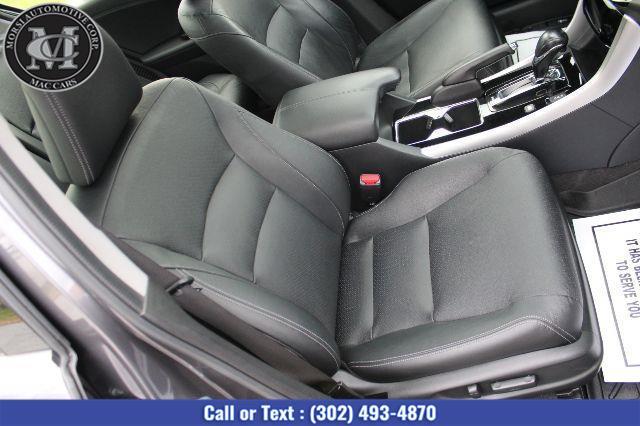 2017 Honda Accord Hybrid Touring photo