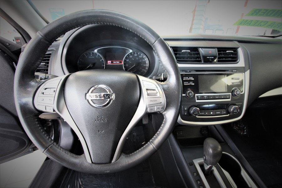 Used Nissan Altima 2.5 SV 2017 | 1 Stop Auto Mart Inc.. Garden Grove, California