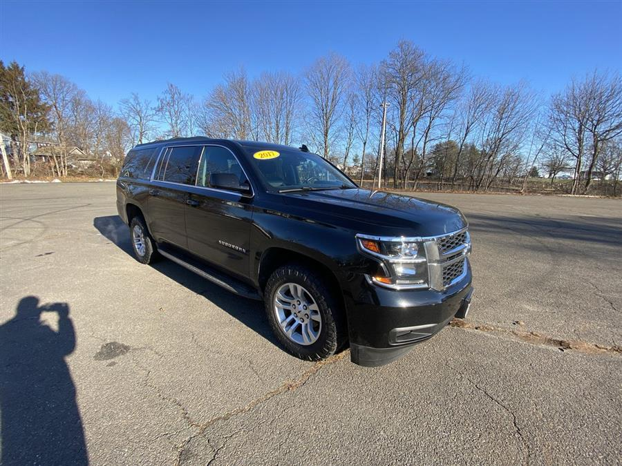 Used 2017 Chevrolet Suburban in Stratford, Connecticut | Wiz Leasing Inc. Stratford, Connecticut