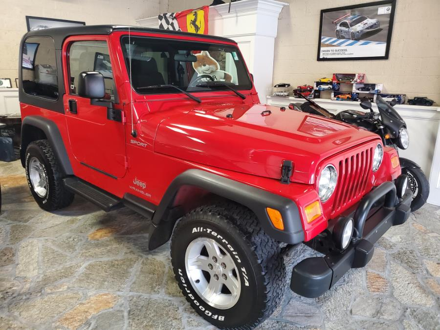 Used 2006 Jeep Wrangler in Shelton, Connecticut | Center Motorsports LLC. Shelton, Connecticut