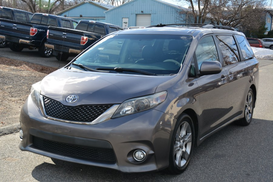 Used Toyota Sienna 5dr 8-Pass Van V6 SE FWD (Natl) 2011 | New Beginning Auto Service Inc . Ashland , Massachusetts