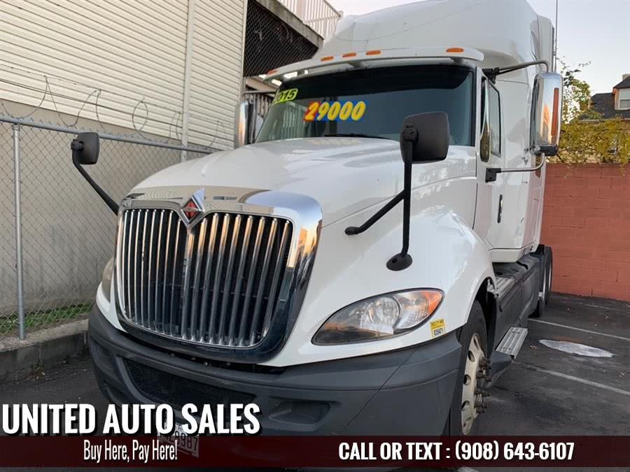 Used 2015 International Trk Sleper in Newark, New Jersey | United Auto Sale. Newark, New Jersey
