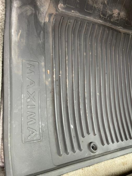 Used Nissan Maxima 4dr Sdn GXE Auto 2000   Brooklyn Auto Mall LLC. Brooklyn, New York