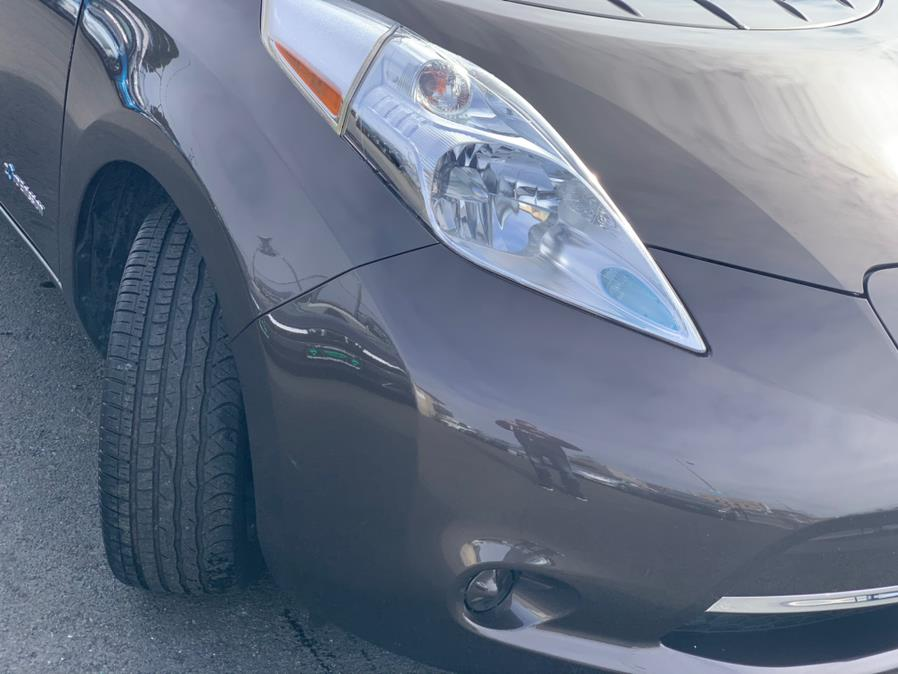 Used Nissan LEAF SV 2016 | Green Light Auto Wholesale. Daly City, California