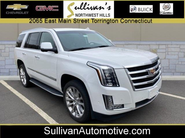 Used 2018 Cadillac Escalade in Avon, Connecticut | Sullivan Automotive Group. Avon, Connecticut