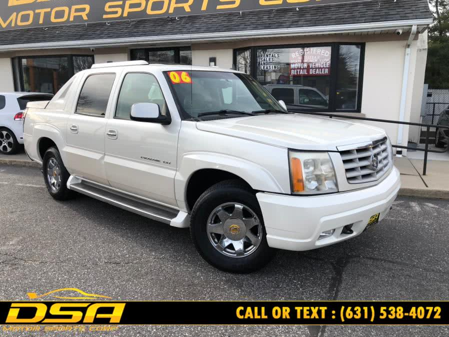 Used Cadillac Escalade EXT 4dr AWD 2006 | DSA Motor Sports Corp. Commack, New York