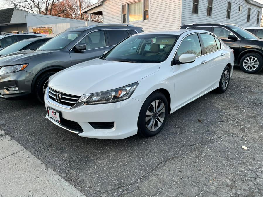 Used 2015 Honda Accord Sedan in Milford, Connecticut | Adonai Auto Sales LLC. Milford, Connecticut