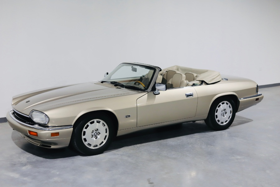 Used 1996 Jaguar XJS Convertible in North Salem, New York | Meccanic Shop North Inc. North Salem, New York