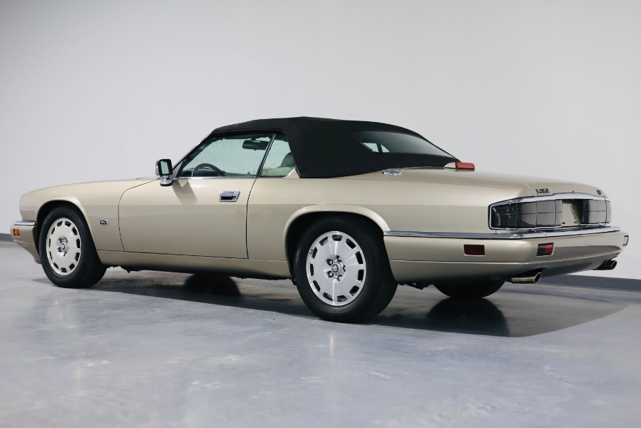 Used Jaguar XJS Convertible 2dr 4.0L Convertible 1996 | Meccanic Shop North Inc. North Salem, New York