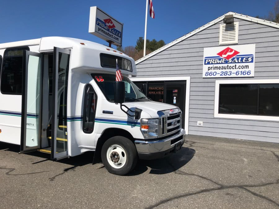Used 2015 Ford Econoline Commercial Cutaway in Thomaston, Connecticut