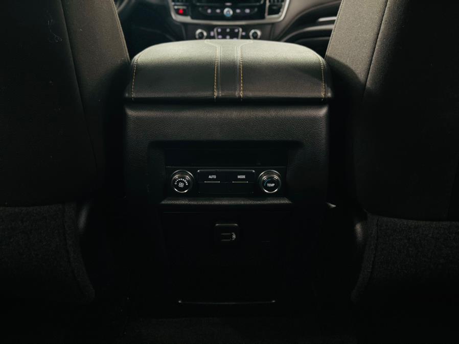 Used Chevrolet Traverse 4dr LT Cloth w/1LT 2019 | Luxury Motor Club. Franklin Square, New York