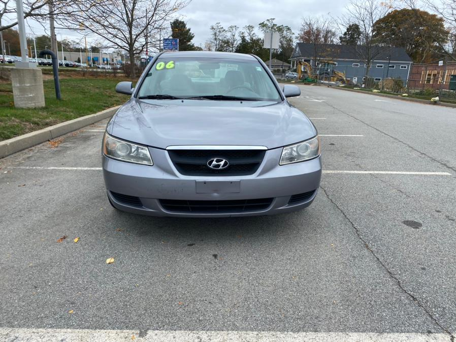 Used 2006 Hyundai Sonata in Swansea, Massachusetts | Gas On The Run. Swansea, Massachusetts