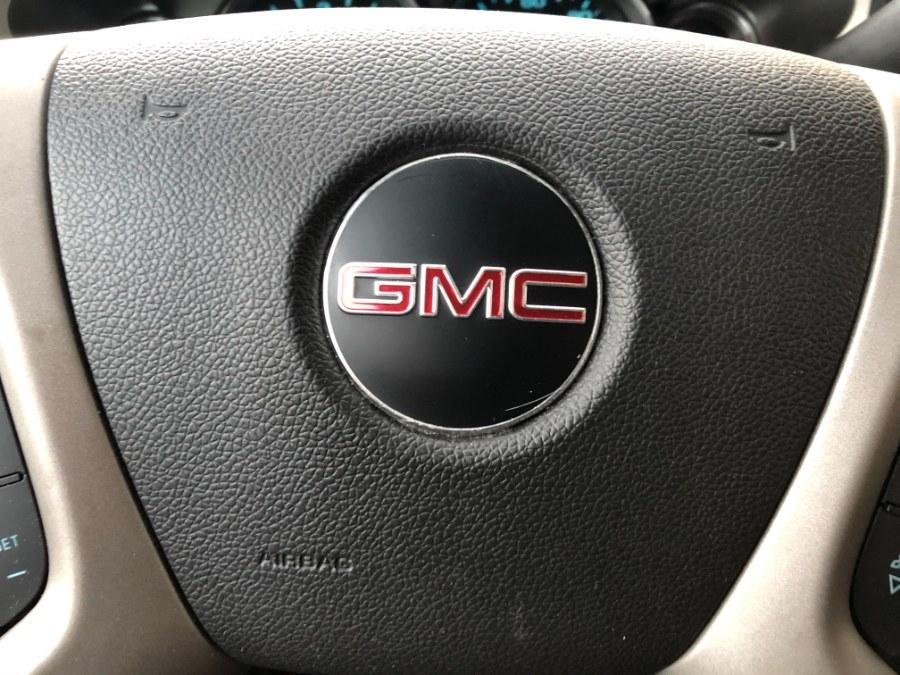 "Used GMC Sierra 1500 4WD Crew Cab 143.5"" SLE 2013 | Bristol Auto Center LLC. Bristol, Connecticut"