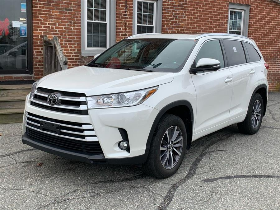 Used 2018 Toyota Highlander in Ludlow, Massachusetts | Ludlow Auto Sales. Ludlow, Massachusetts