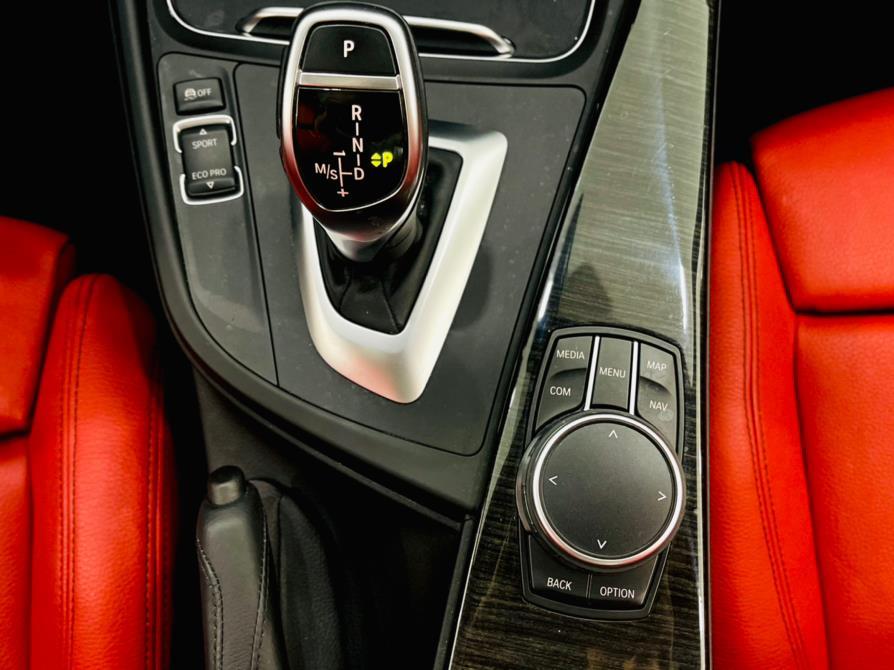 Used BMW 3 Series 330i xDrive Sedan South Africa 2018   Luxury Motor Club. Franklin Square, New York
