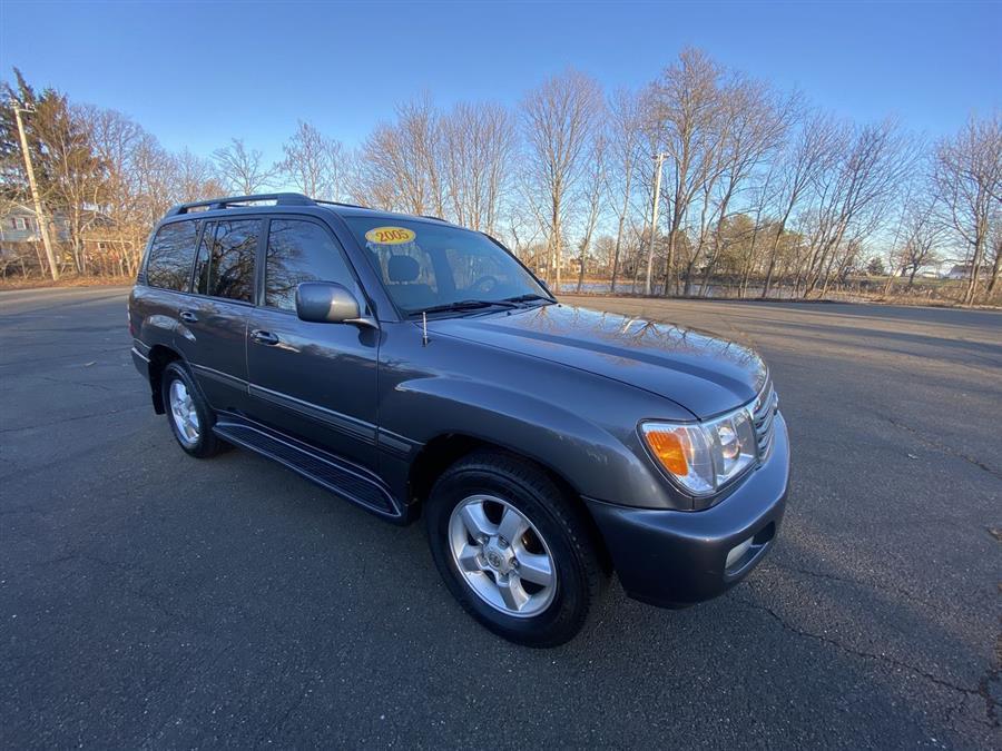 Used 2005 Toyota Land Cruiser in Stratford, Connecticut | Wiz Leasing Inc. Stratford, Connecticut