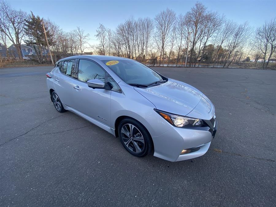 Used 2018 Nissan LEAF in Stratford, Connecticut | Wiz Leasing Inc. Stratford, Connecticut