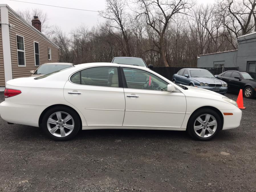 Used Lexus ES 330 4dr Sdn 2006 | Auto Drive Sales And Service. Berlin, Connecticut