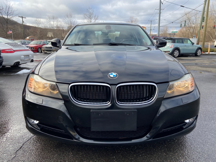 2011 BMW 3 Series 4dr Sdn 328i xDrive AWD SULEV, available for sale in New Milford, CT