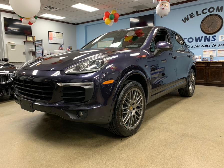 Used Porsche Cayenne Platinum Edition AWD 2018 | 5 Towns Drive. Inwood, New York