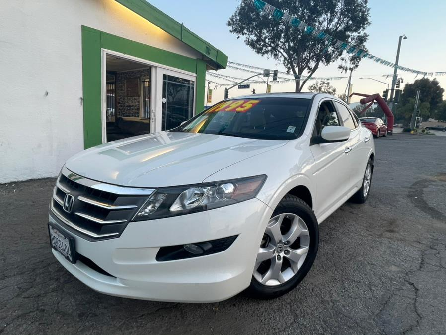 Used 2011 Honda Accord Crosstour in Corona, California | Green Light Auto. Corona, California