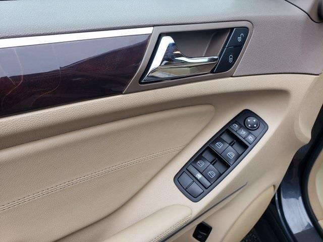 Used Mercedes-benz M-class ML 350 2010 | Luxury Motor Car Company. Cincinnati, Ohio