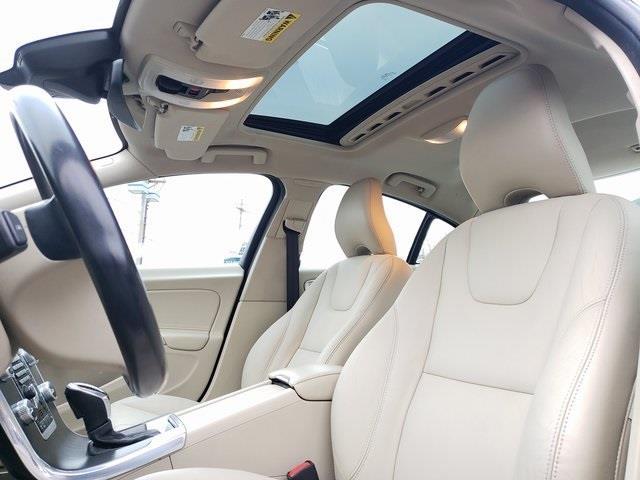 Used Volvo S60 T5 Premier 2015 | Luxury Motor Car Company. Cincinnati, Ohio