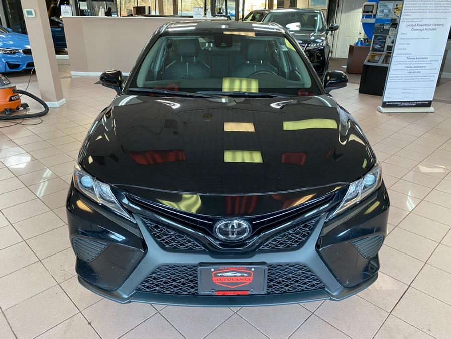 Used Toyota Camry SE Auto (Natl) 2019 | Autovanta. Massapequa Park, New York