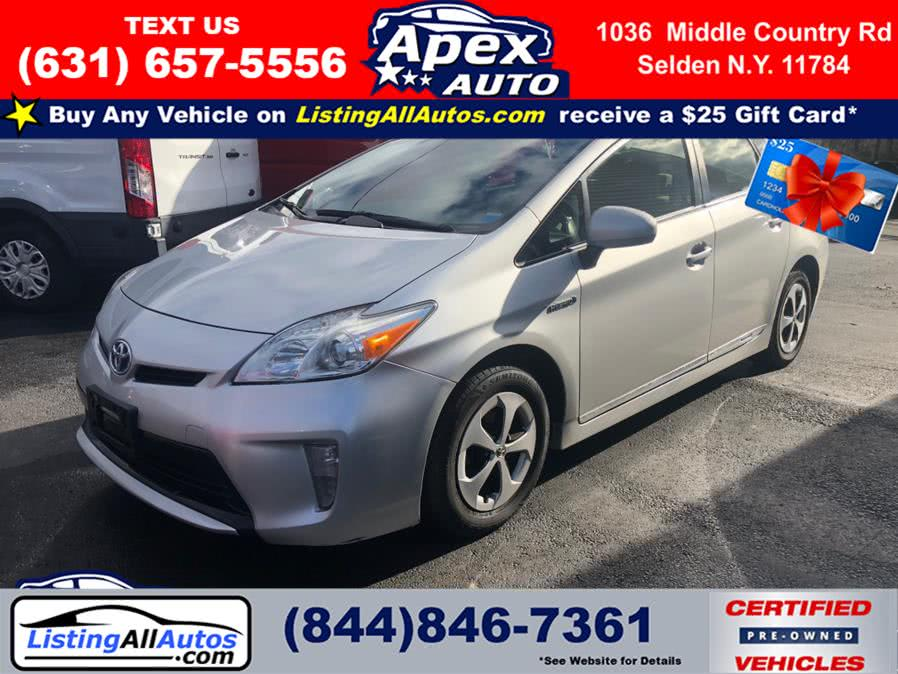 Used 2015 Toyota Prius in Patchogue, New York | www.ListingAllAutos.com. Patchogue, New York