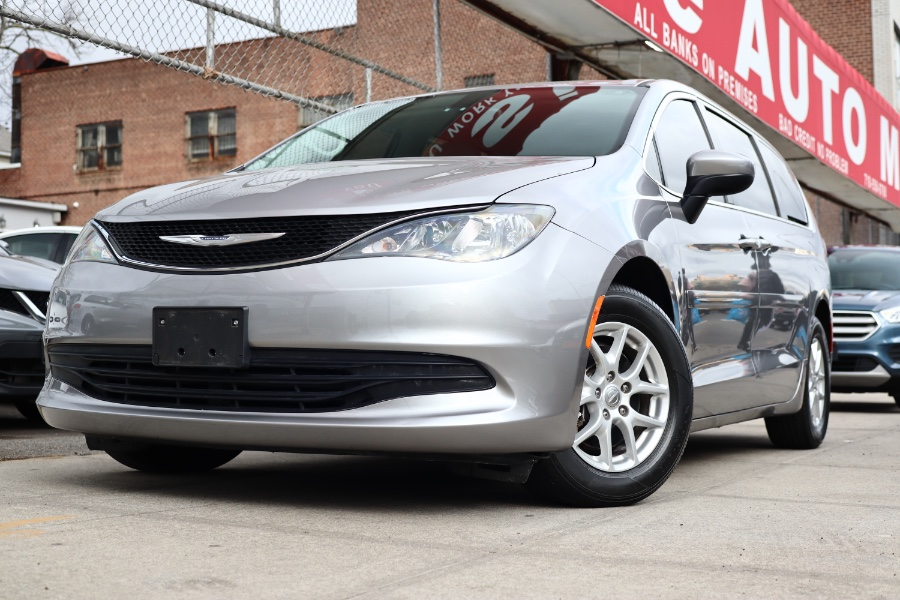Used Chrysler Pacifica LX FWD 2017 | Hillside Auto Mall Inc.. Jamaica, New York