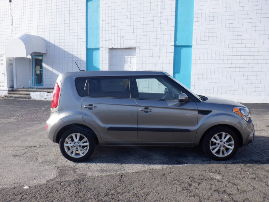 Used 2012 Kia Soul in Milford, Connecticut | Dealertown Auto Wholesalers. Milford, Connecticut