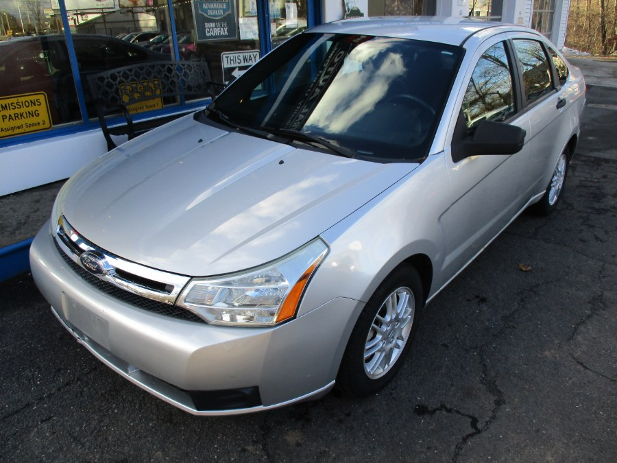 Used Ford Focus 4dr Sdn SE 2010   Cos Central Auto. Meriden, Connecticut