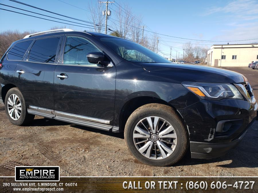 Used 2017 Nissan Pathfinder in S.Windsor, Connecticut | Empire Auto Wholesalers. S.Windsor, Connecticut