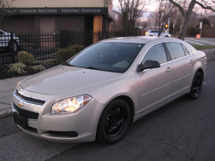 Used 2011 Chevrolet Malibu in Massapequa, New York | Rite Choice Auto Inc.. Massapequa, New York