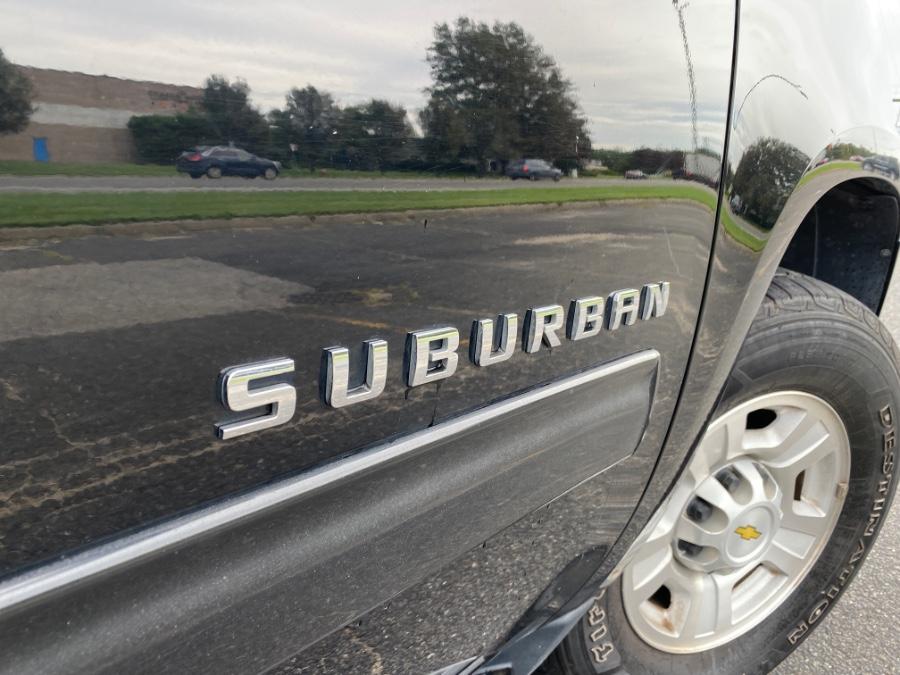 Used Chevrolet Suburban 4WD 4dr 2500 LS 2011 | Drive Auto Sales. Bayshore, New York