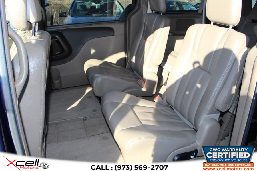 Used Chrysler Town & Country 4dr Wgn Touring 2014 | Xcell Motors LLC. Paterson, New Jersey