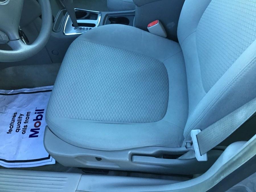 Used Chevrolet Malibu 4dr Sdn LS w/1LS 2006 | Payless Auto Sale. South Hadley, Massachusetts