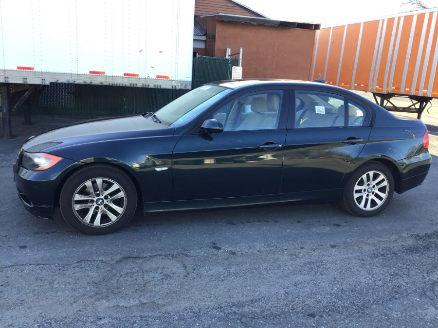 Used BMW 3 Series 325xi 4dr Sdn AWD 2006 | Payless Auto Sale. South Hadley, Massachusetts