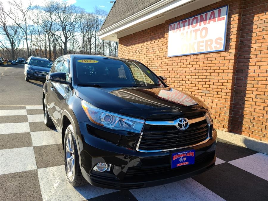 Used 2015 Toyota Highlander in Waterbury, Connecticut | National Auto Brokers, Inc.. Waterbury, Connecticut