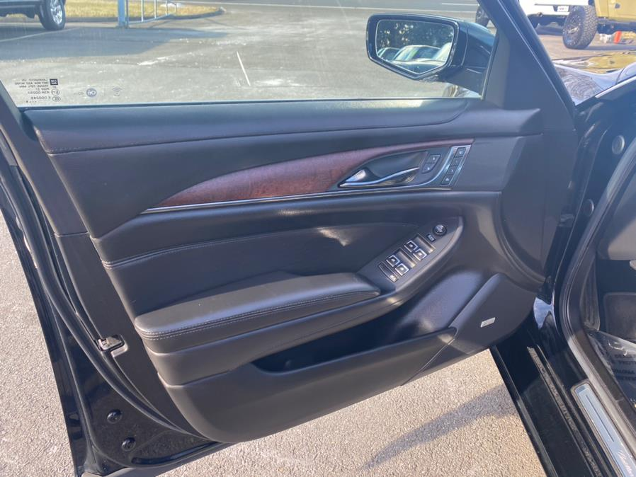 Used Cadillac CTS Sedan 4dr Sdn 3.6L Luxury Collection AWD 2016   Tru Auto Mall. Berlin, Connecticut