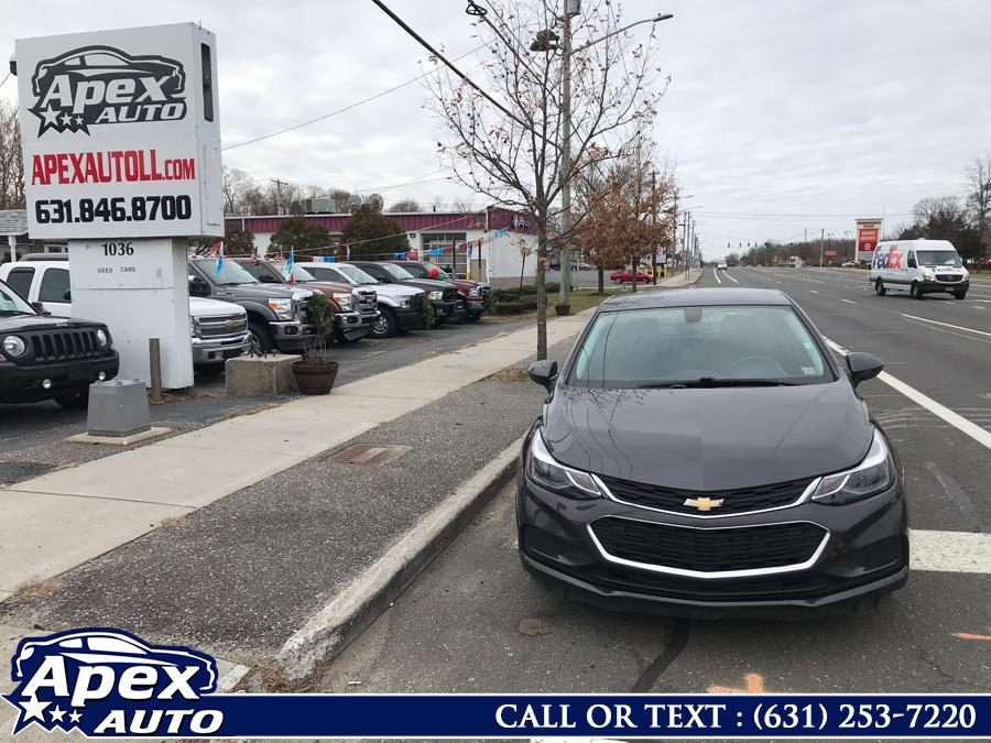 Used 2017 Chevrolet Cruze in Selden, New York | Apex Auto. Selden, New York