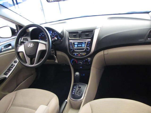 Used Hyundai Accent SE Sedan Auto 2017 | Auto Network Group Inc. Placentia, California