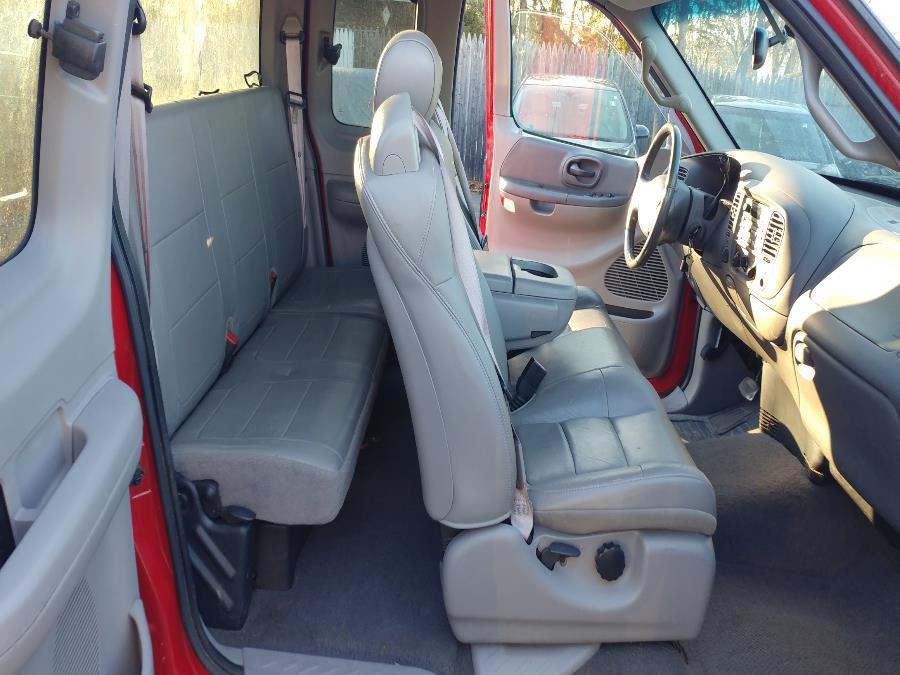 "Used Ford F-150 Supercab 139"" Lariat 4WD 2001   Matts Auto Mall LLC. Chicopee, Massachusetts"