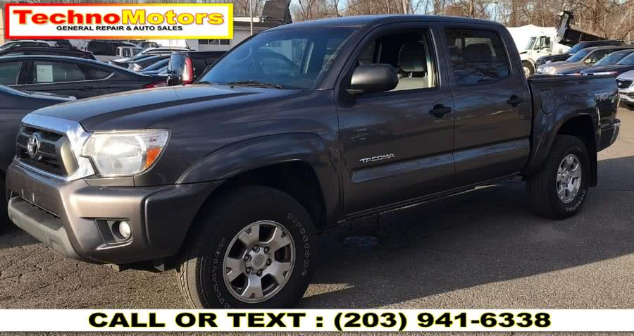 Used 2014 Toyota Tacoma in Danbury , Connecticut | Techno Motors . Danbury , Connecticut
