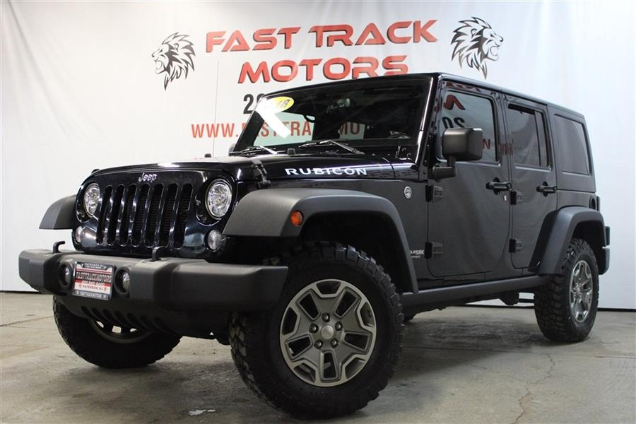 Used 2018 Jeep Wrangler Unlimited in Paterson, New Jersey | Fast Track Motors. Paterson, New Jersey
