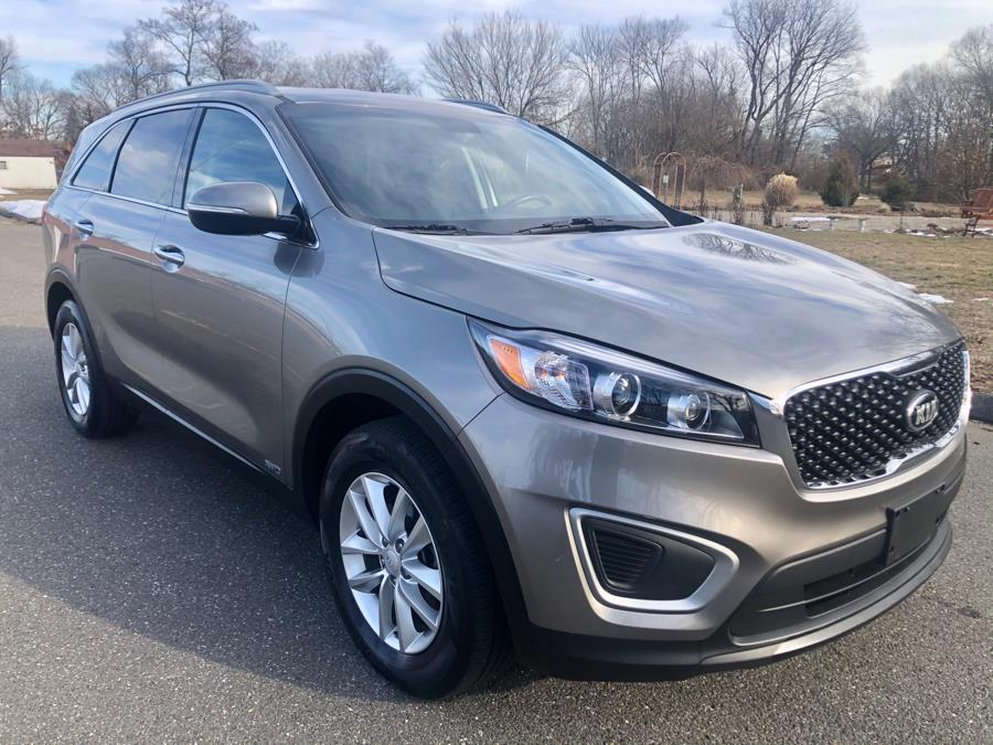 Used Kia Sorento LX AWD 2018 | Malkoon Motors. Agawam, Massachusetts