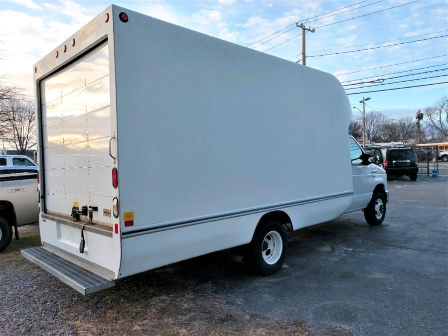 Used 2015 Ford E350 14 Ft BOX TRUCK w ATTIC in COPIAGUE, New York | Warwick Auto Sales Inc. COPIAGUE, New York
