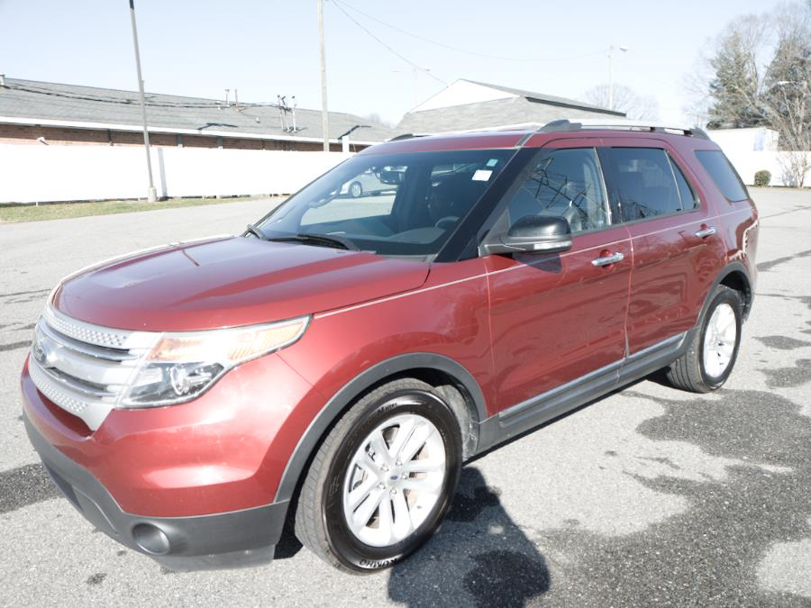 2013 Ford Explorer XLT photo