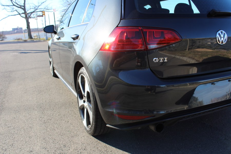 2017 Volkswagen Golf GTI 2.0T 4-Door S, available for sale in Great Neck, NY